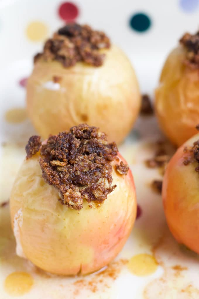 Baked Apples No Refined Sugar Healthy Little Foodies
