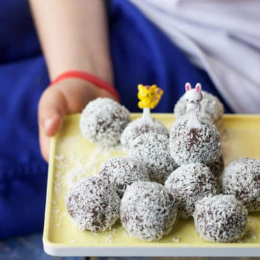 These Blueberry Energy Balls pack a punch. Loaded with nuts and sweetened with dates they are a delicious snack for the whole family.