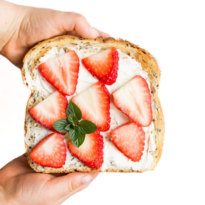 Toast Spread with Cream Cheese and Strawberry Slices