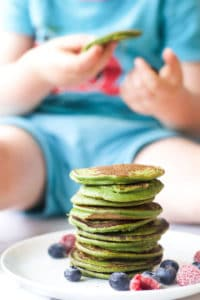 green smoothie pancakes for kids and babies.