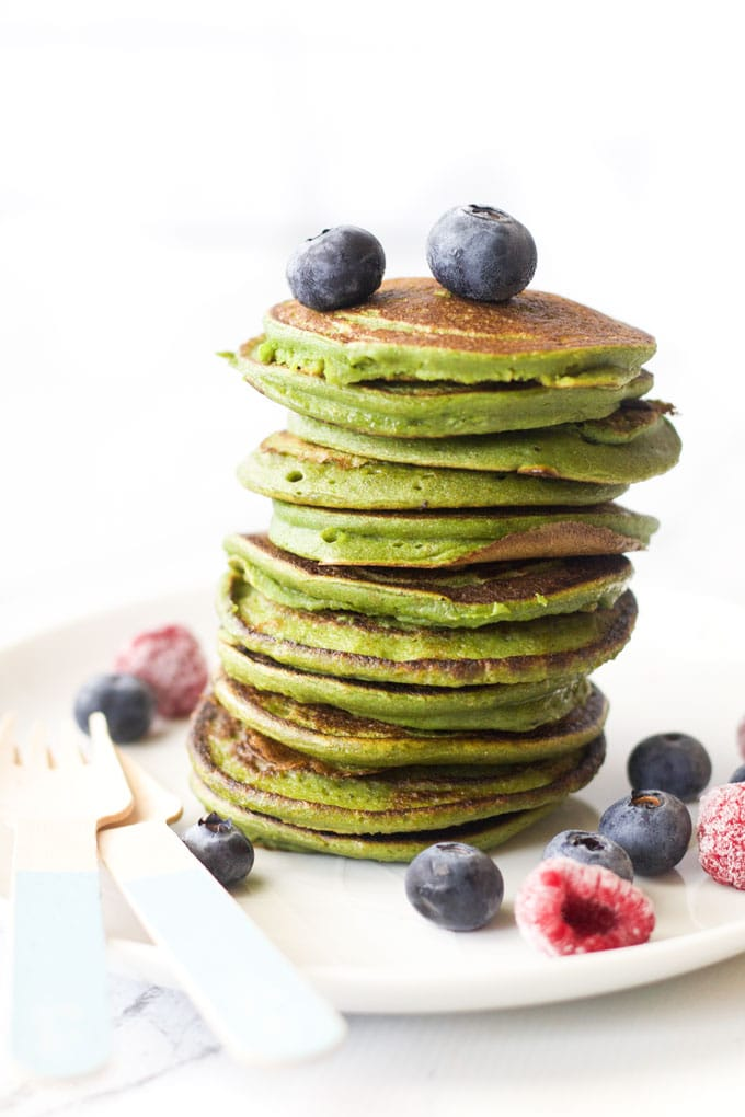 green smoothie pancakes for kids