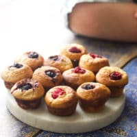 Mini blender muffins. Great for baby led weaning (blw), toddlers and for packing in a lunch box. No refined sugar, sweetened only with fruit.