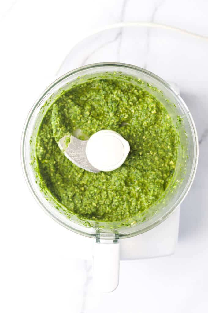 kale pesto for kids. Great as a dip, spread or as a pasta sauce.